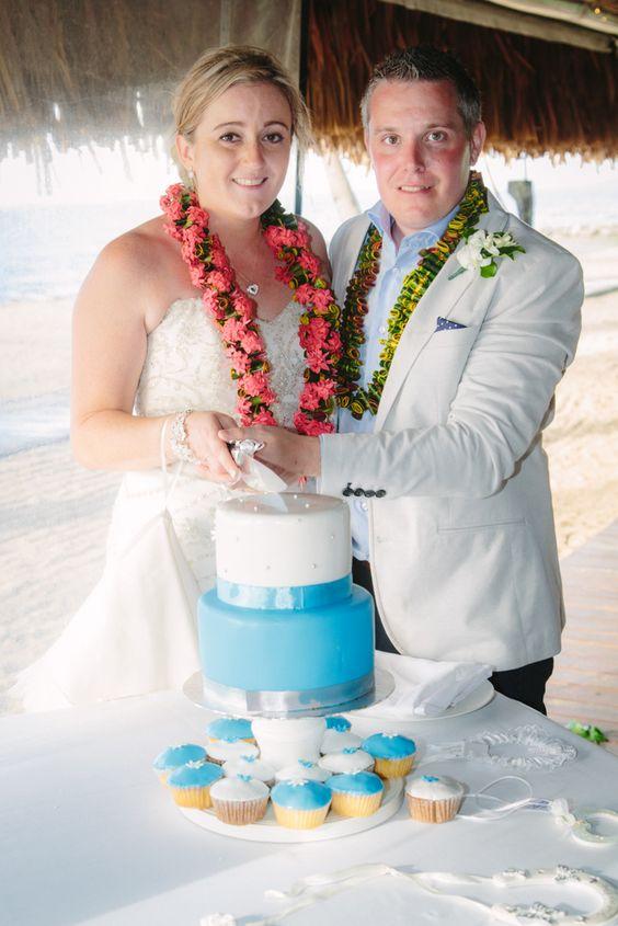 Couple & cake